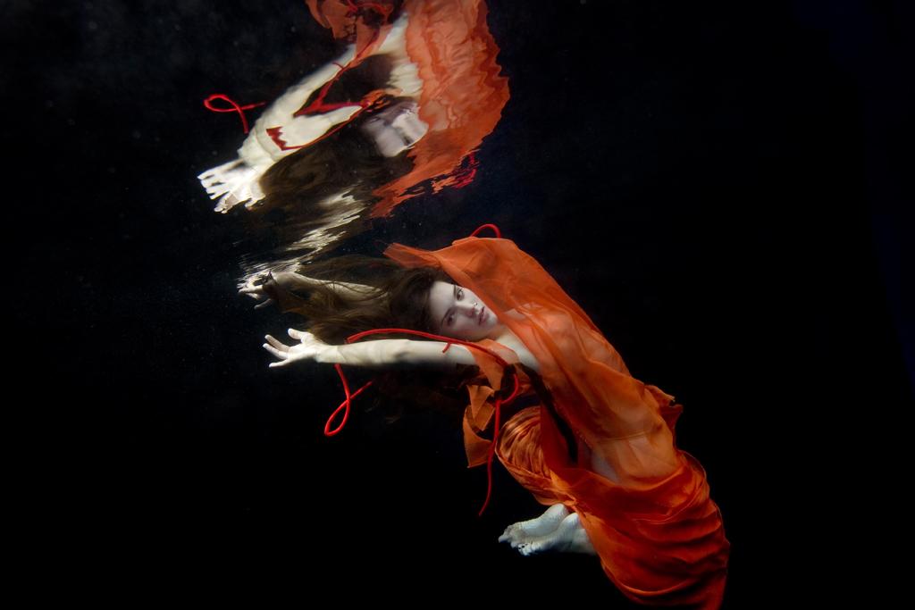 rachel_elkind_underwater_photo_new_york_01