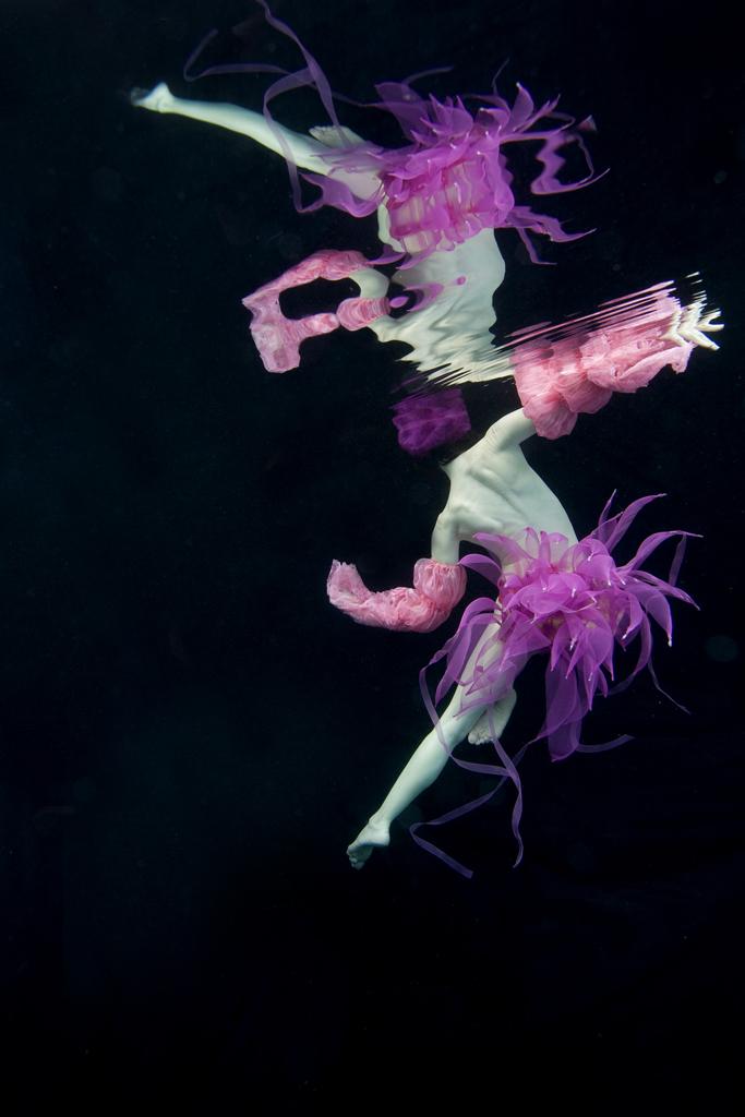 rachel_elkind_underwater_photo_new_york_12