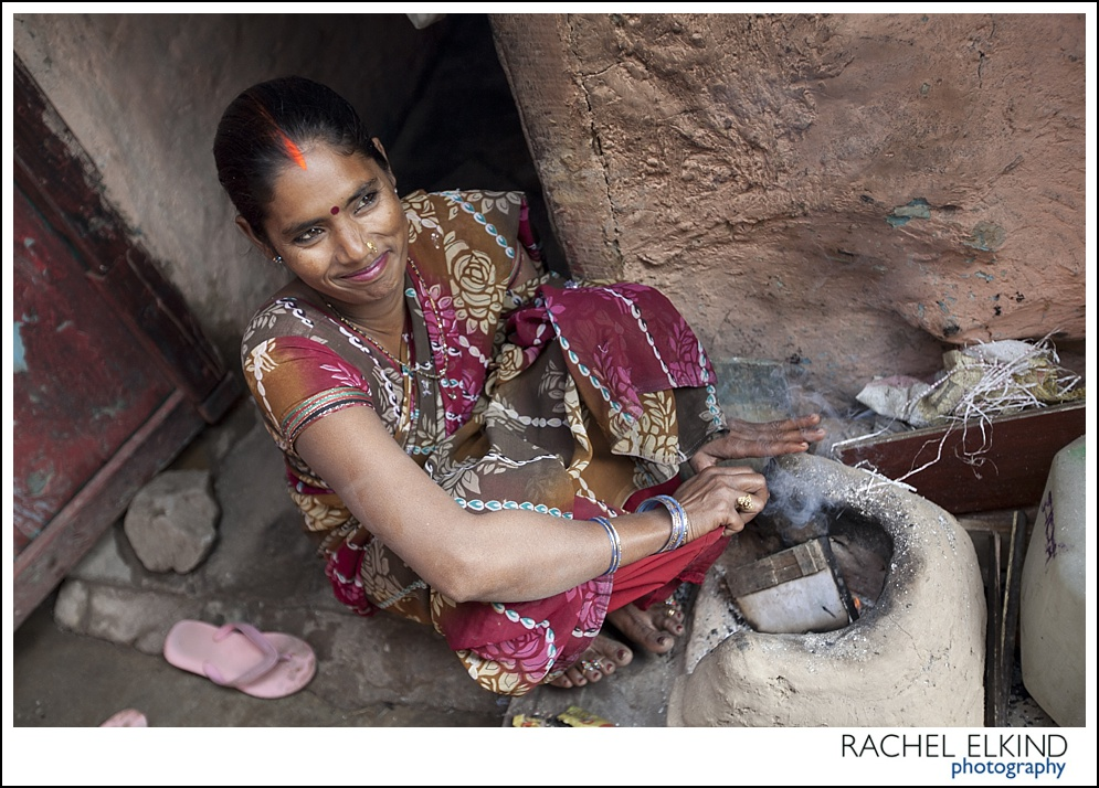 rachel_elkind_delhi_slum_india_14